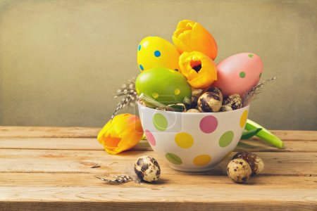 Easter eggs and quail eggs