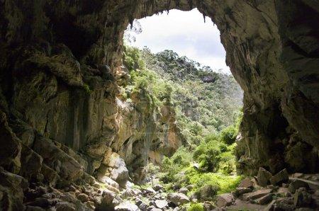 Photo pour Jenolan acrh et grottes dans les montagnes bleues, Australie . - image libre de droit