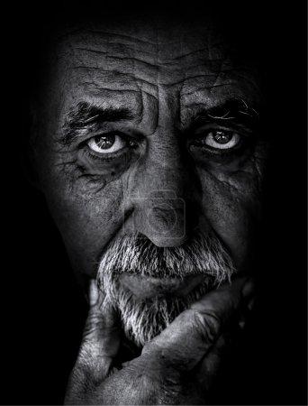 Photo pour Vieil homme gros plan - image libre de droit