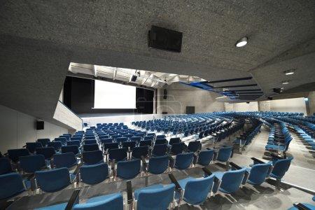 Congress Palace, audience
