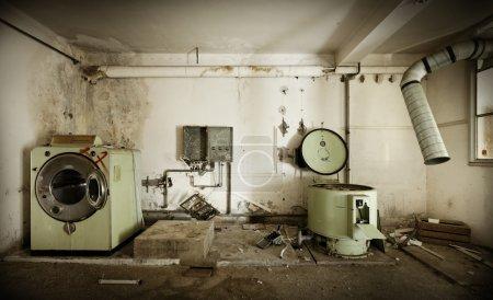 Photo pour Bâtiment abandonné - image libre de droit
