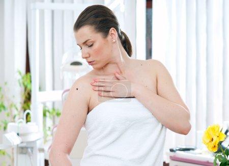woman with melanoma