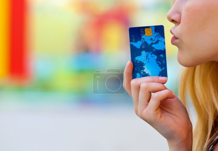 woman hand holding credit card