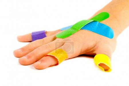 Bandage-on-child-hand