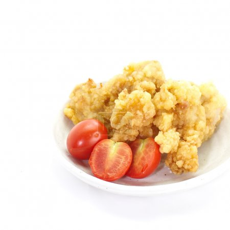 Fried chicken and tomatoes