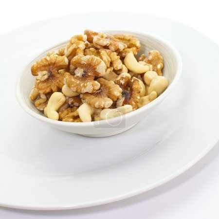 Mixed Nuts , Cashew nuts and walnuts