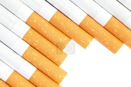Photo pour Cigarettes avec filtre marron - gros plan - image libre de droit