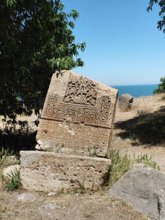 Khachkar, Akdamar Island (094)