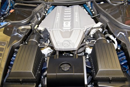 Mercedes AMG V8 Engine