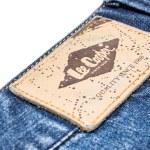 Постер, плакат: Lee Cooper Sign On Modern Blue Jeans