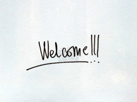 Photo pour Message de Bienvenue sur fond d'aquarelle bleu - image libre de droit