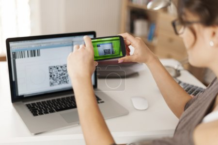 Paying bills by scanning qr code