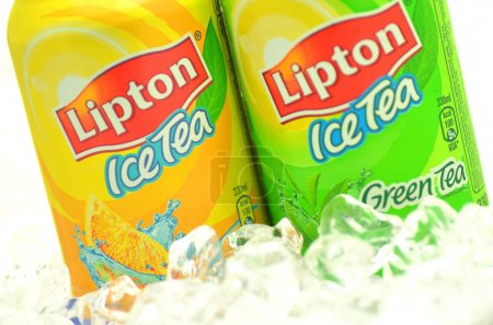 Cans of Lipton Ice Tea drink on ice
