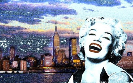 Marylin in NY