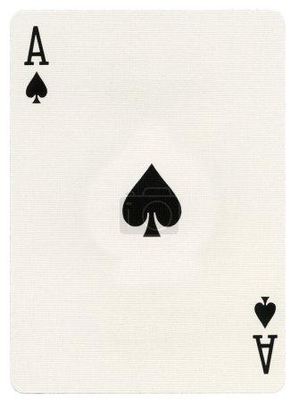 Photo pour As de pique carte à jouer, isolé sur fond blanc - image libre de droit