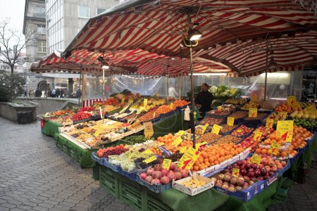 Fruit and vegetables at the market...