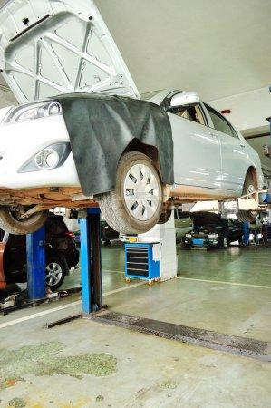 Repair car