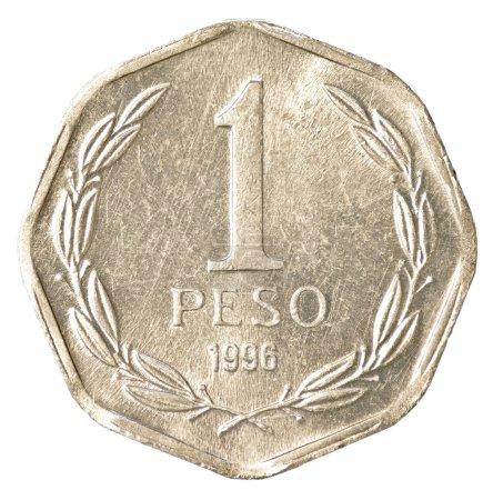 Photo pour Pièce de 1 peso chilien isolé sur fond blanc - image libre de droit