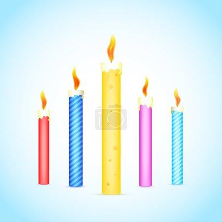 Illustration pour Bougies brûlantes colorées. Illustration vectorielle - image libre de droit
