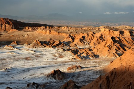 Photo pour Vallée de la lune, près de san pedro de atacama, Chili. - image libre de droit