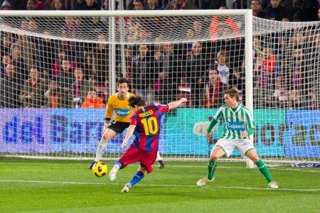 Mesi scores a goal