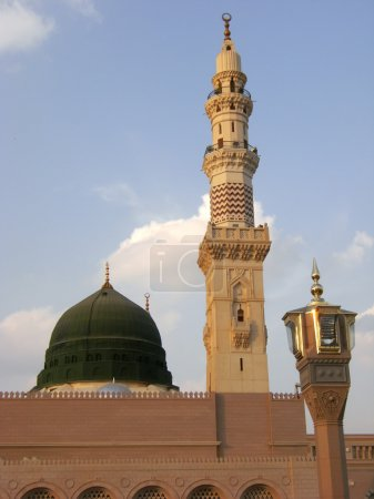 Green dome of Nabawi Mosque