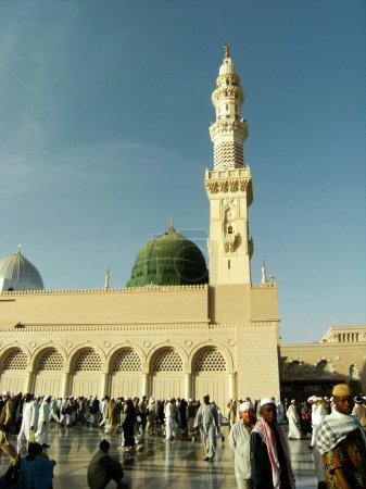 Nabawi mosque in the afternoon at hajj season.