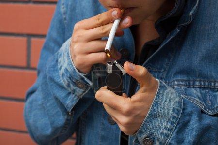 Smoker with lighter
