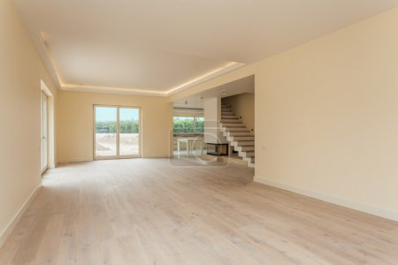 Photo pour Nouvelle construction d'une maison prête à bouger - image libre de droit