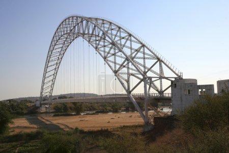 arch steel bridge