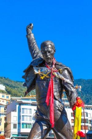 Бронзовая статуя Фредди Меркьюри