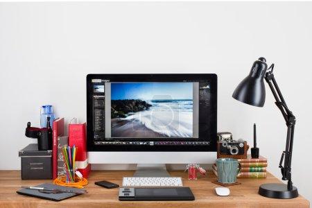 un espace de travail de photographes
