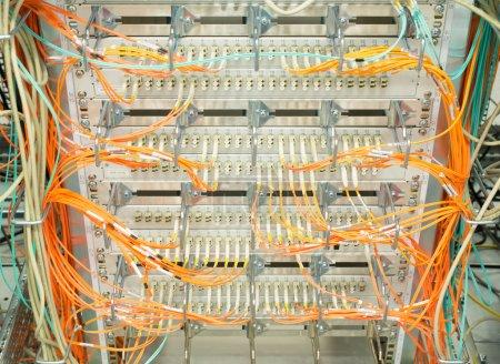 Photo pour Rete switch fibra ottica lwl - image libre de droit