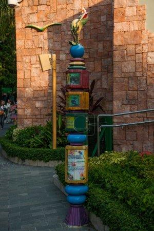 Hong Kong Ocean Park Pheasant signpost