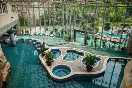 "Chongqing Banan District East River Springs five cloth ""Chongqing Airlines Spa Hotel"" hot indoor pool"