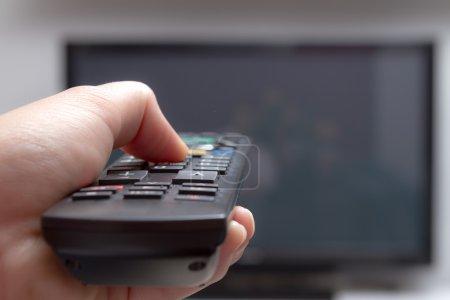 Photo pour Télécommande de télévision change de canaux - image libre de droit