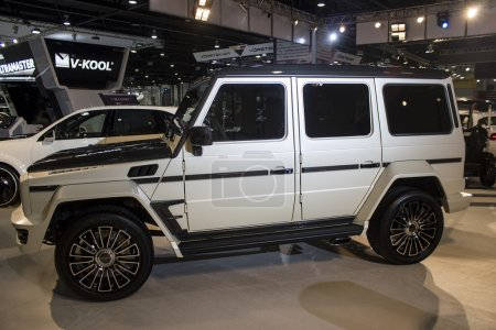 Mercedes 4x4 side view