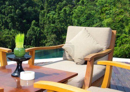 Photo pour Restaurant avec vue sur la jungle - image libre de droit