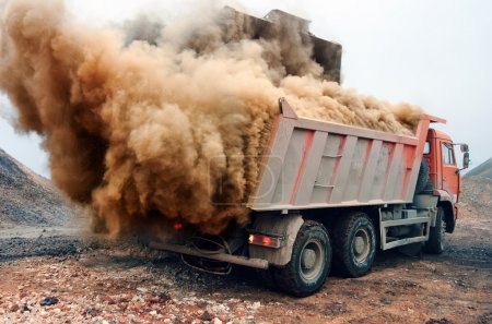 Dust explosion when loading red truck at the mine