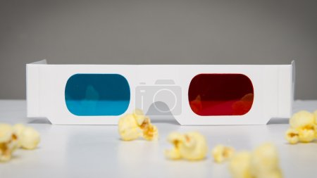 Disposable 3d glasses and popcorn