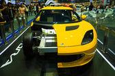 Lotus s displejem motor show na jevišti