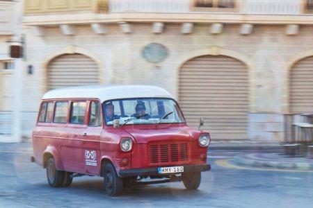 Red Car Panning