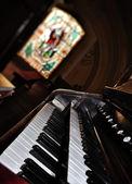 Staré varhany klávesnice