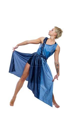 Photo pour Fille se déplace dans une danse isolée sur un fond blanc - image libre de droit