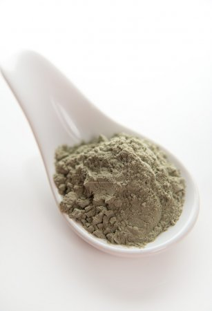 French Green Clay in Spoon