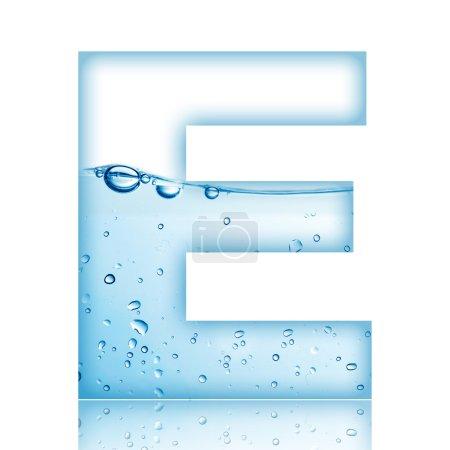 Photo pour L'eau et l'eau bulle alphabet lettre. lettre e - image libre de droit