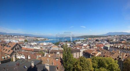 Photo pour Une vue panoramique sur Genève et lac leman - image libre de droit
