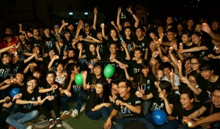 Young volunteer earth hour