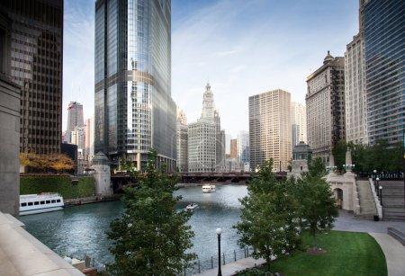 Bridge across a river in a city, La Salle Street Bridge, Chicago