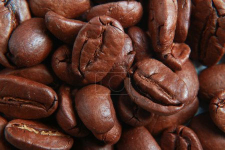 Fragrant fried coffee beans